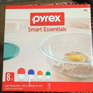 Pyrex Set